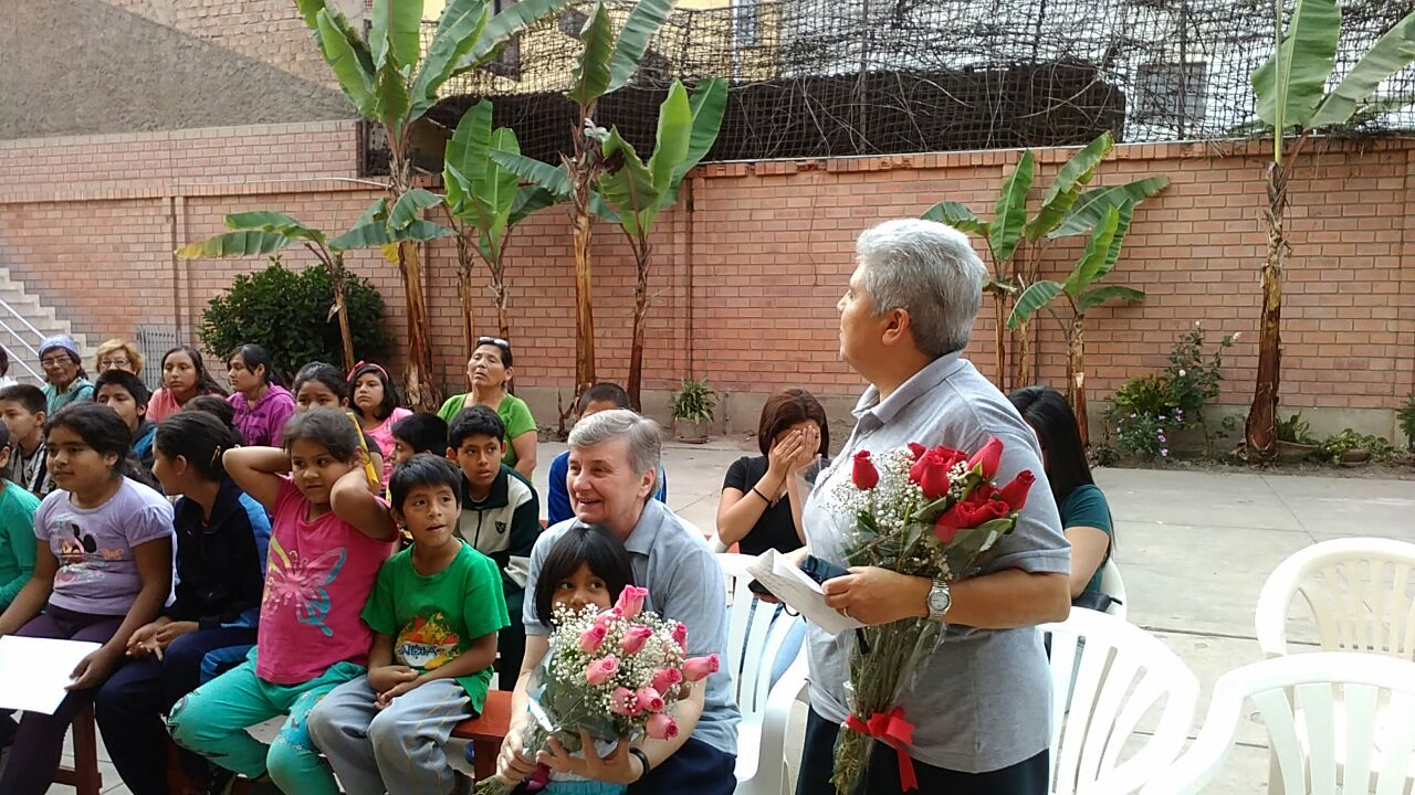 Accoglienza dei bambini a s. Miguel